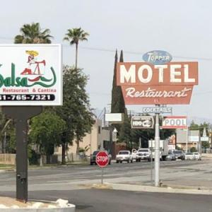 Buttonwillow Raceway Park Hotels - Toppers Motel