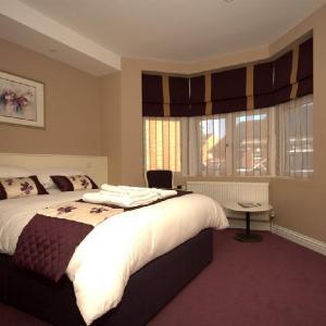 Highclere Hotel