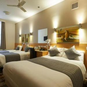 Luna And Simone Hotel