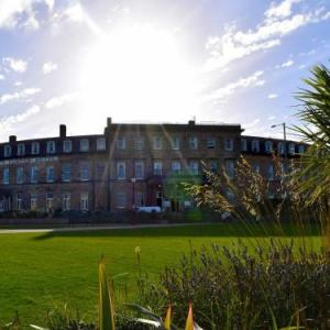 Hotels near Fleetwood Town FC - The North Euston Hotel