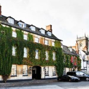 Hotels near Blenheim Palace - Macdonald Bear Hotel