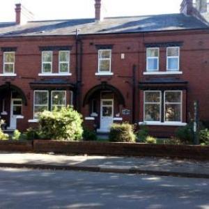 Theatre Royal Wakefield Hotels - Stanley View Guest House & Hotel