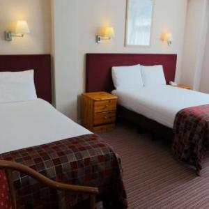 Hotels near Central Theatre Chatham - King Charles Hotel