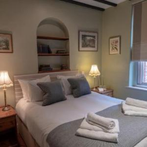 Hotels near Wells Cathedral - White Hart Inn