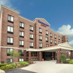 Hotels near Astoria World Manor - Fairfield Inn New York Laguardia Airport/astoria