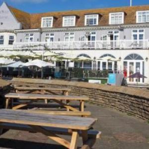 Hotels near Amex Stadium Brighton - White Horse Hotel by Greene King Inns