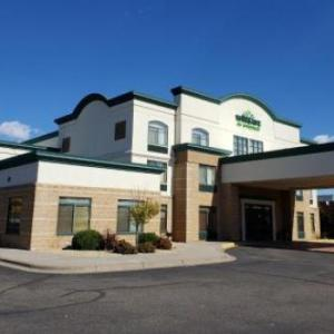 Hotels near Anoka High School - Best Western Plus Coon Rapids North Metro Hotel