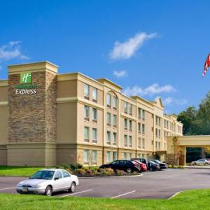 Hotels near MAC at Monmouth University - Holiday Inn Express Hotel & Suites West Long Branch