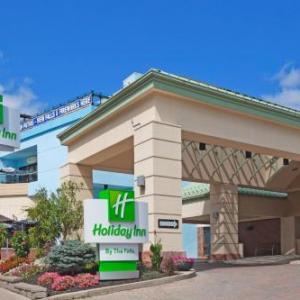 Holiday Inn Niagara Falls-by The Falls