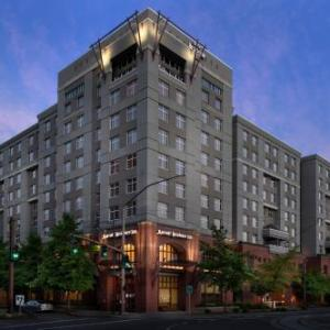 Oaks Amusement Park Hotels - Residence Inn By Marriott Portland Downtown/riverplace
