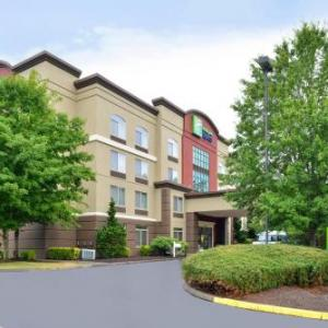 Hornings Hideout Hotels - Holiday Inn Express Portland West/Hillsboro