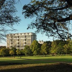Royal Albert Hall Hotels - Royal Garden Hotel