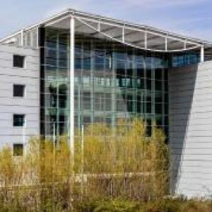 Hotels near Chelmsford Civic Theatre - Radisson Blu Hotel London Stansted Airport