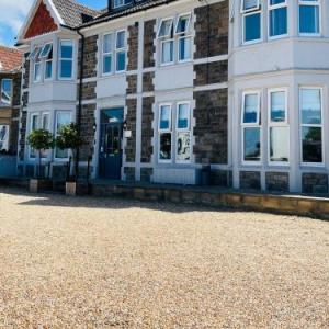 Hayward's at the Grasmere