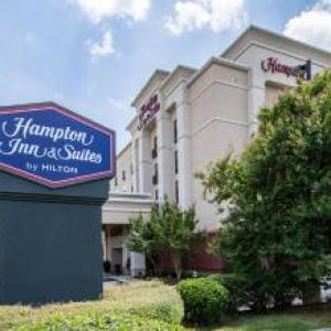 Hotels near Rhodes Stadium Elon - Hampton Inn & Suites Burlington