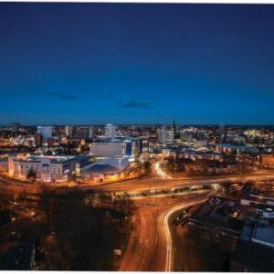 Coventry Cathedral Hotels - Ramada Hotel & Suites