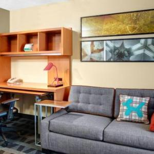 Towneplace Suites By Marriott Fresno