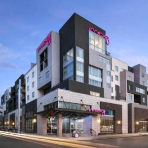 Hotels near Belcourt Theatre - Moxy Nashville Vanderbilt Area
