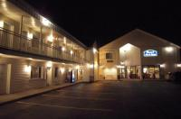 Cocca'S Inn & Suites Wolf Road Image