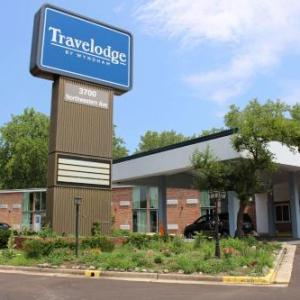 Travelodge by Wyndham Water's Edge Hotel - Racine