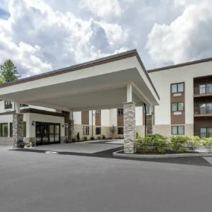 The Cranberry Ascend Hotel Collection