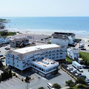 Hotels near Rosecliff - Atlantic Beach Hotel and Suites