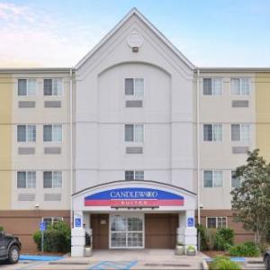 Hotels near City Club River Ranch - Candlewood Suites Lafayette