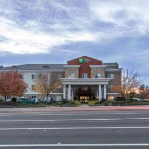 Folsom Lake Hotels - Holiday Inn Express Hotel & Suites Roseville - Galleria Area
