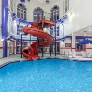 JBS Canada Centre Hotels - Ramada By Wyndham Brooks