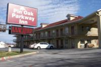 Pin Oak Parkway Inn Image