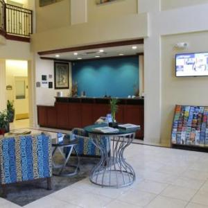 Diamond Stadium Lake Elsinore Hotels - Best Western Plus Lake Elsinore Inn & Suites