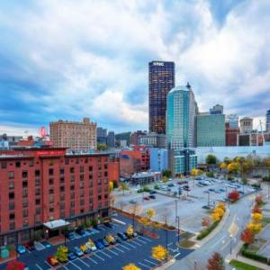 Harris Theatre Pittsburgh Hotels - Hampton Inn And Suites Pittsburgh-downtown