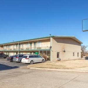 OYO Hotel Oklahoma City Lincoln Blvd