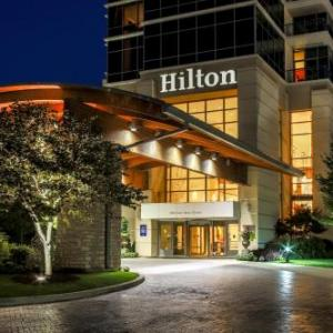 Branson Landing Hotels - Hilton Branson Convention Center