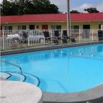 Waldo Florida Hotels - Red Carpet Inn Starke
