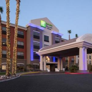 Yuma County Fairgrounds Hotels - Holiday Inn Express Hotel & Suites Yuma
