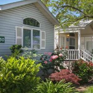 Arden Acres Executive Suites & Cottages
