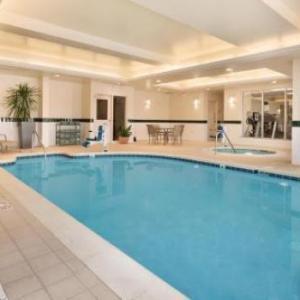 Hotels near Akron-Canton Airport - Hilton Garden Inn Akron-canton Airport