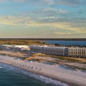 Gulf Shores Beach Hotels - The Lodge At Gulf State Park A Hilton Hotel