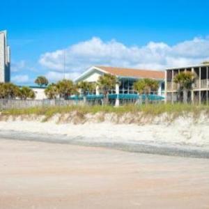 Oceanfront Litchfield Inn