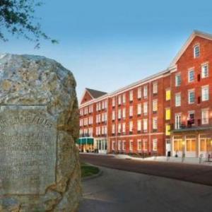 Hotels near Jack Spinks Stadium - Natchez Grand Hotel