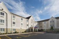Candlewood Suites Peoria At Grand Prairie Image