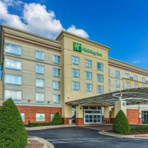 Hotels near Jim Patterson Stadium - Holiday Inn Louisville Airport - Fair/Expo