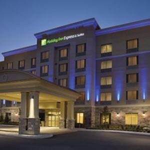Ontario Soccer Centre Hotels - Holiday Inn Express & Suites Vaughan Southwest