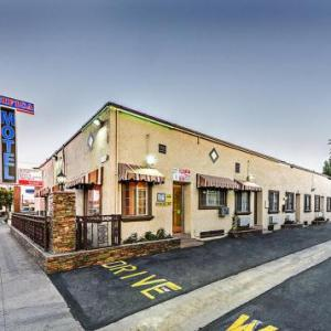 Pacifica Motel 2 79 Miles Away From Long Beach Convention Entertainment Center