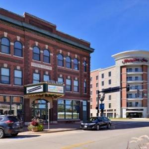 UNI-Dome Hotels - Hampton Inn Cedar Falls Downtown Ia