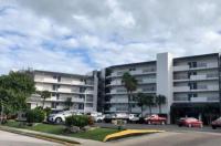 La Quinta Inn & Suites Cocoa Beach Oceanfront Image