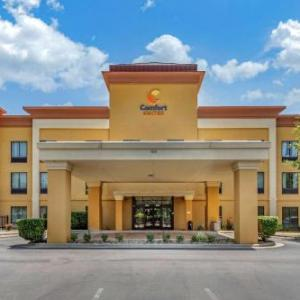 Hotels near Clayton Fear Farm - Comfort Suites Clayton