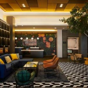 Hotels near Woodley Park Van Nuys - Hampton Inn & Suites Los Angeles Van Nuys