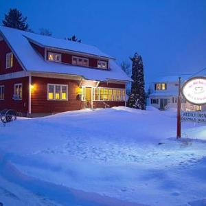Presque Isle Forum Hotels - Old Iron Inn Bed and Breakfast
